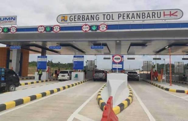Gerbang Tol Pekanbaru-Dumai