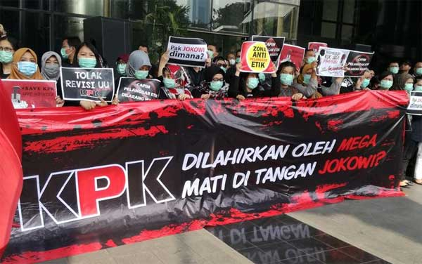 Demo save KPK