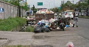Sampah di HR Subrantas Pekanbaru