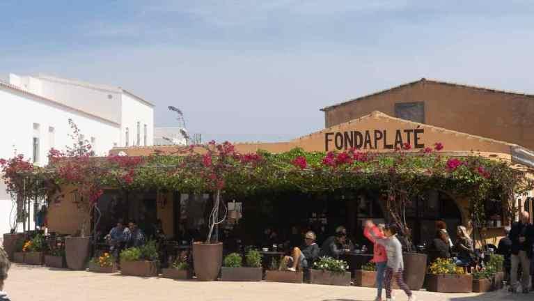 Fonda Plate - San Francesc, Formentera_RiA Vistas