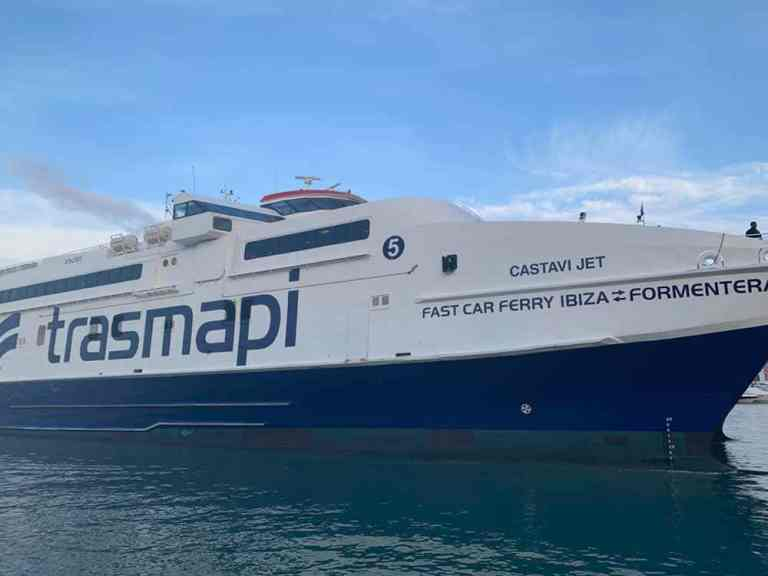 Trasmapi ferry - Ibiza Town