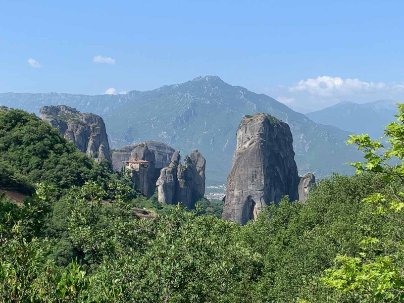 City of rocks_Holy Meteora - RiA Vistas