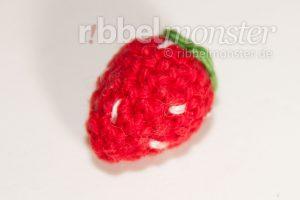 Amigurumi winzige Erdbeere häkeln Anleitung Häkelanleitung