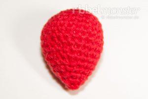 Anleitung Amigurumi mittlere Erdbeere häkeln