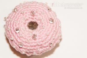 kostenlose Häkelanleitung - Amigurumi - großen Erdbeer Donut häkeln