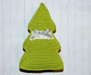 Kleines Weihnachtsbaum Kissen häkeln - kostenlose Häkelanleitung - gratis Anleitung