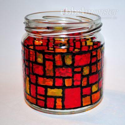 Weihnachtliches Mosaik Windlicht basteln - gratis Anleitung