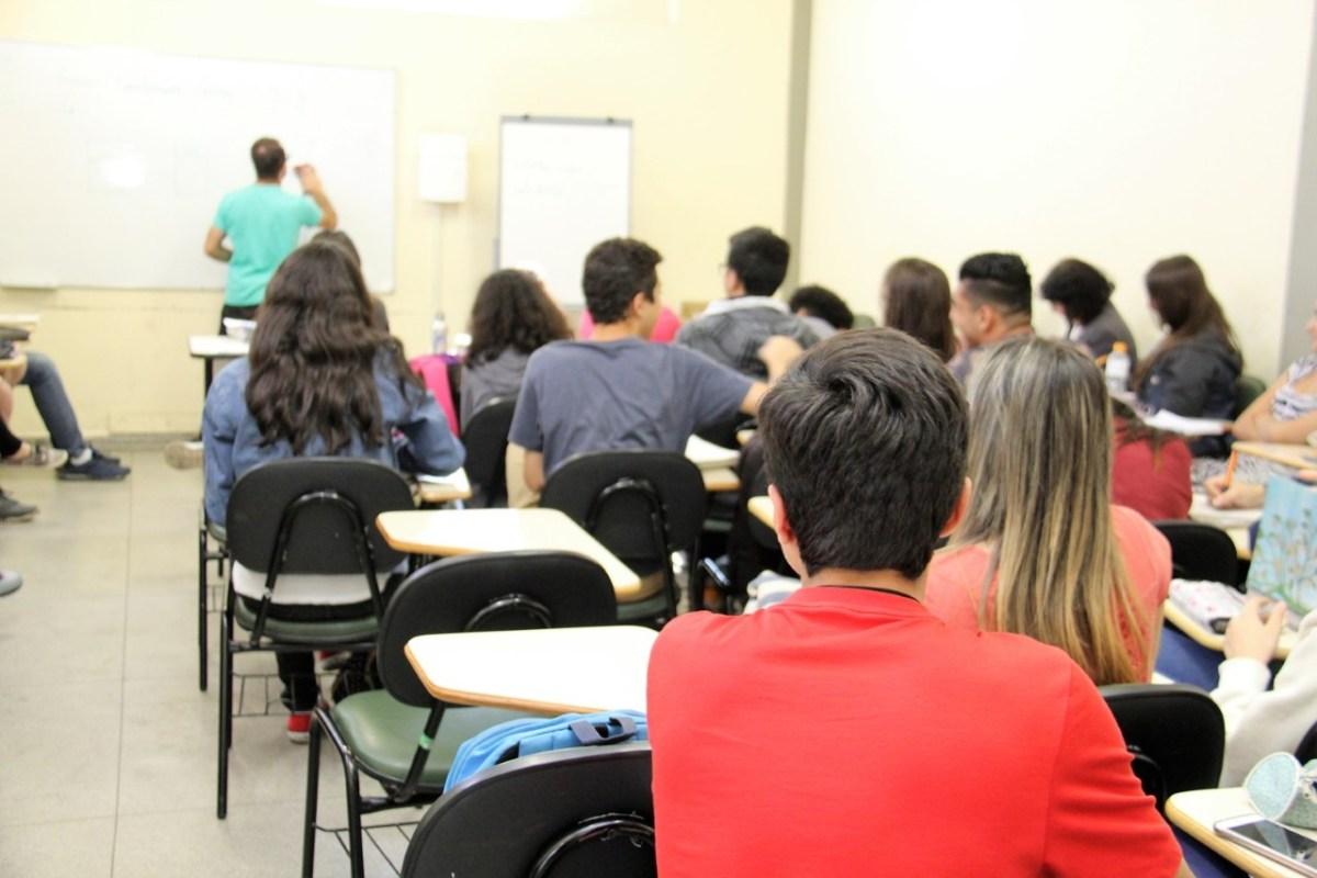 Cursinho pré-vestibular gratuito está com inscrições abertas em Ribeirão