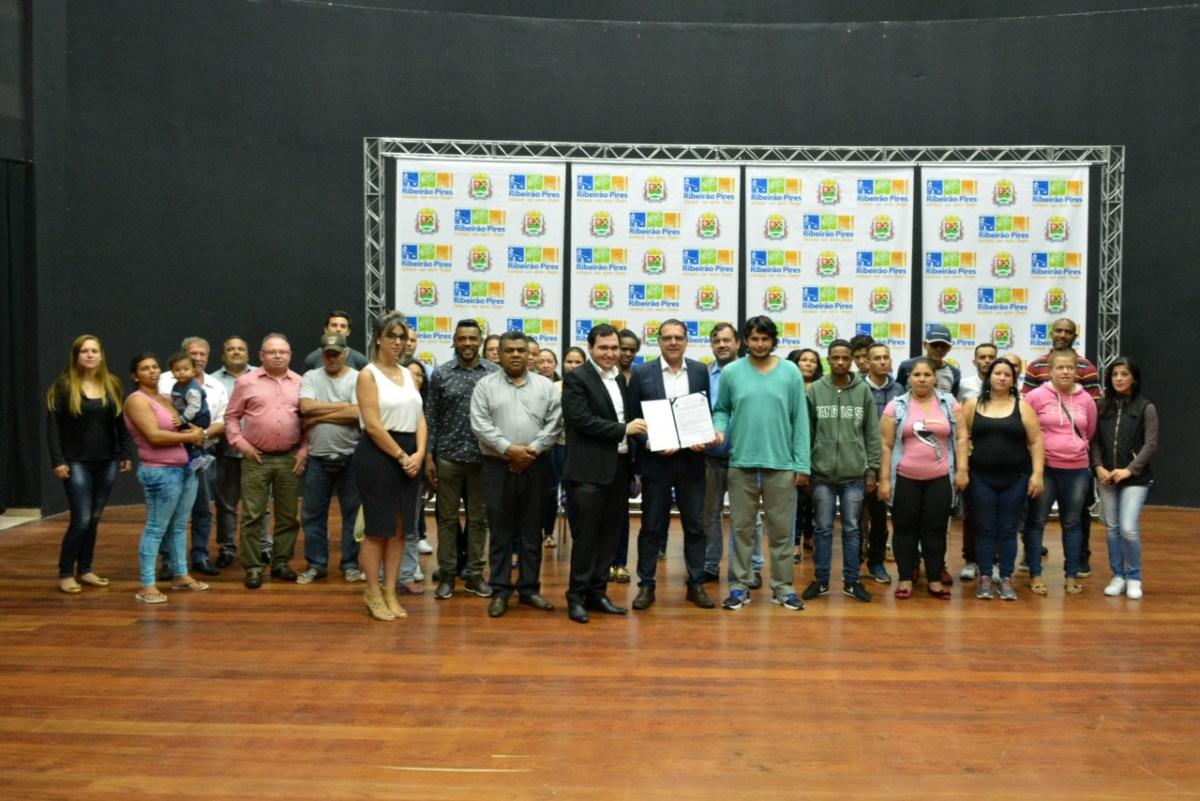 Ribeirão Pires celebra parceria com Estado para vagas em Frente de Trabalho
