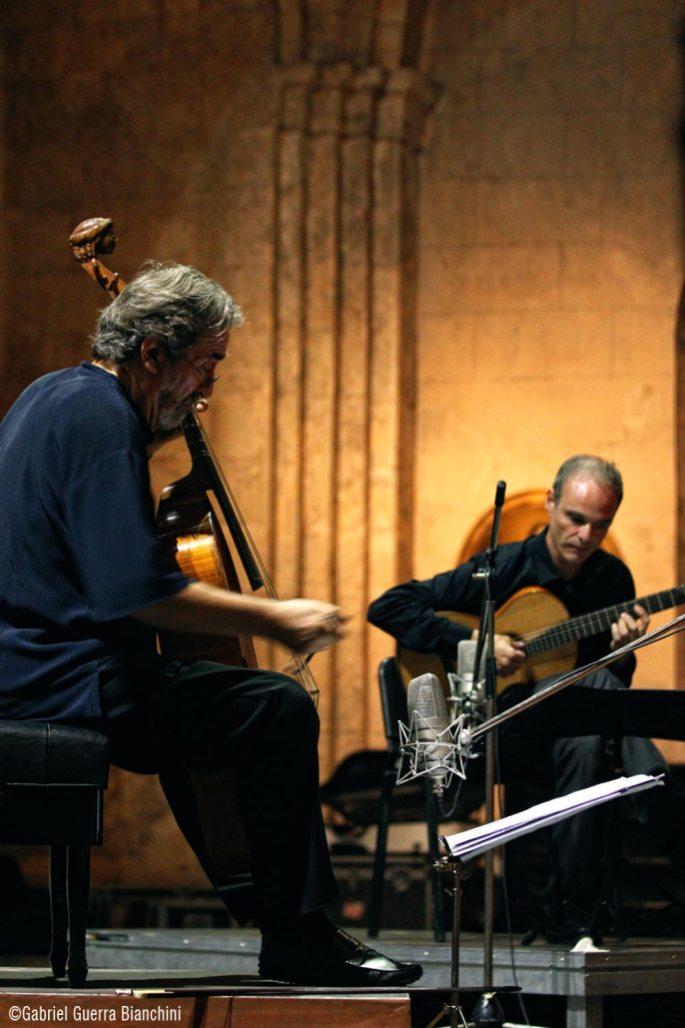 A duo con el Mtro. Jordi Savall. Habana 2014