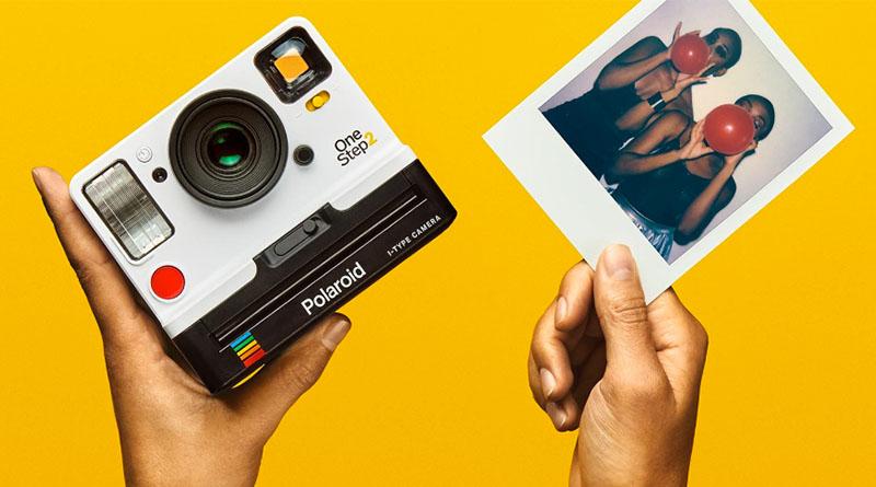 8f6296b737b92 Polaroid lança a câmera instantânea OneStep 2 e o filme i-Type ...