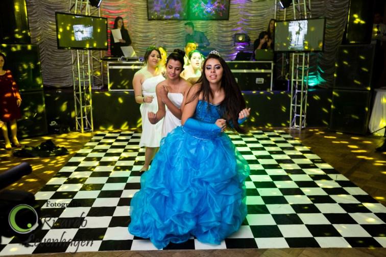15-anos-de-Carol---20150509--333-fotografo-su-de-minas-festa-15-anos