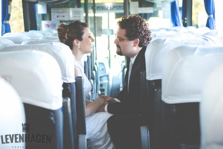 Ensaio de Luiz Paulo e Juliana---20160618--10ricardo-levenhagen-um-amor-quilometros-de-distancia-e-um-onibus-para-aproximar- Um amor quilômetros de distancia e um ônibus para aproximar