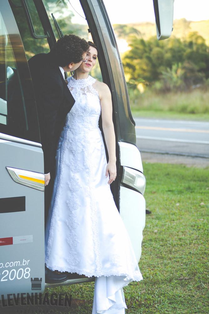 Ensaio de Luiz Paulo e Juliana---20160618--116ricardo-levenhagen-um-amor-quilometros-de-distancia-e-um-onibus-para-aproximar- Um amor quilômetros de distancia e um ônibus para aproximar