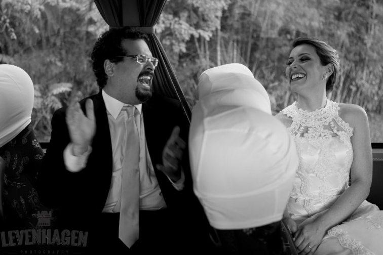 Ensaio de Luiz Paulo e Juliana---20160618--129ricardo-levenhagen-um-amor-quilometros-de-distancia-e-um-onibus-para-aproximar- Um amor quilômetros de distancia e um ônibus para aproximar