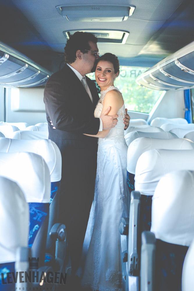 Ensaio de Luiz Paulo e Juliana---20160618--26ricardo-levenhagen-um-amor-quilometros-de-distancia-e-um-onibus-para-aproximar- Um amor quilômetros de distancia e um ônibus para aproximar