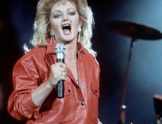 """Total eclipse of the heart"" – Storia da urlo di Bonnie Tyler"