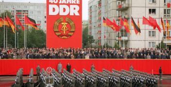 """""""Da oggi non esistete più"""" – Storia di Klaus Renft, il rocker che sfidò la DDR"""