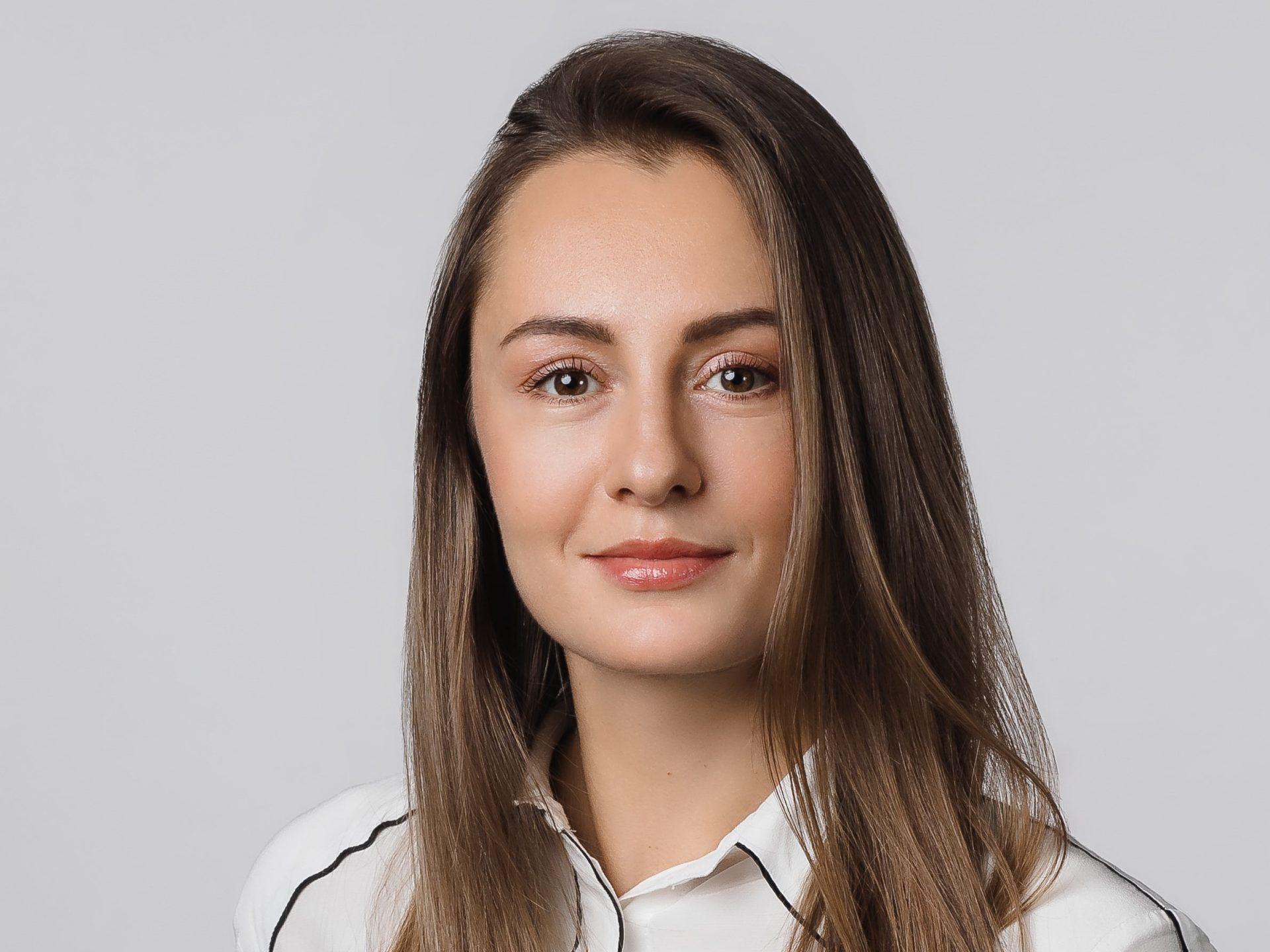 Алисса Бонд