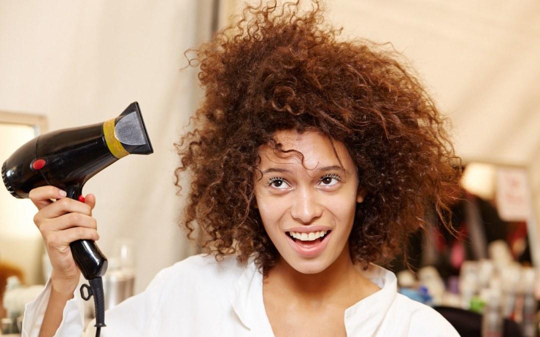 Asciugacapelli Karmin: tra i migliori phon per capelli ricci!