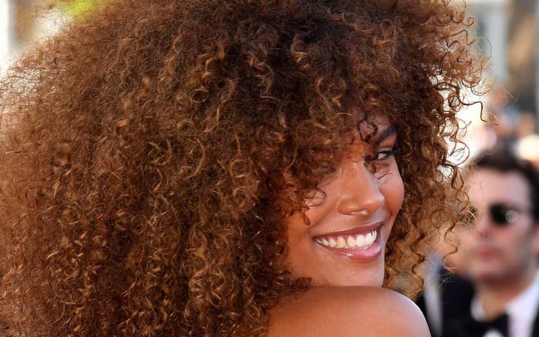 Quali sono le migliori spume Bio per lo styling dei capelli ricci?