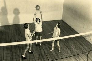 Women's volleywallball 1954