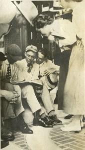 Witte Brown Brodbent 1916 Knapp