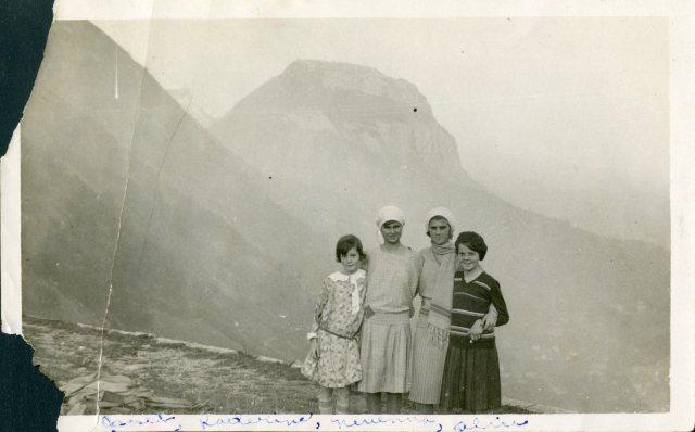 Katherine Tsanoff 1930 Grenoble 001
