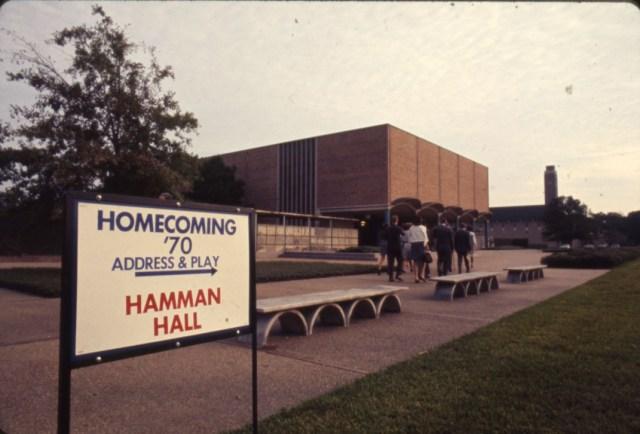 homecoming-1970-sign