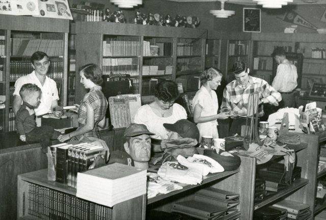 campus-store-coop-basement-of-fondren-1951-138