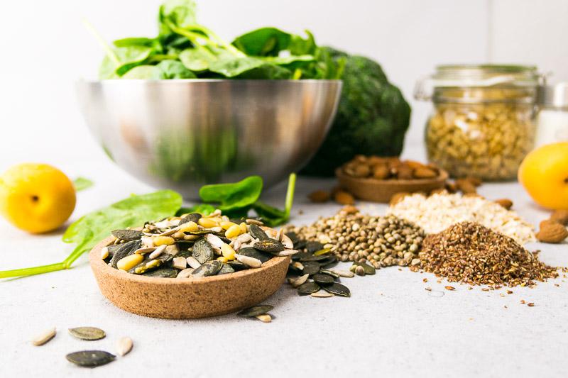 Vegane Ernährung: Welche Nährstoffe sind die wichtigsten und sollten auf keinen Fall in deiner Diät fehlen? Alles über Vitamin B12, Eisen, Jod und Co.   Ricemilkmaid Blog