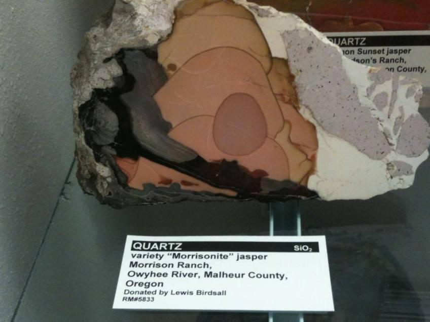 Quartz Morrisonite Jasper - photography by Gloria Staeler - Lithographie