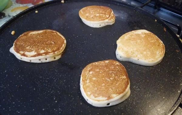 Pancake senza burro con lo yogurt - pancake-prep-2