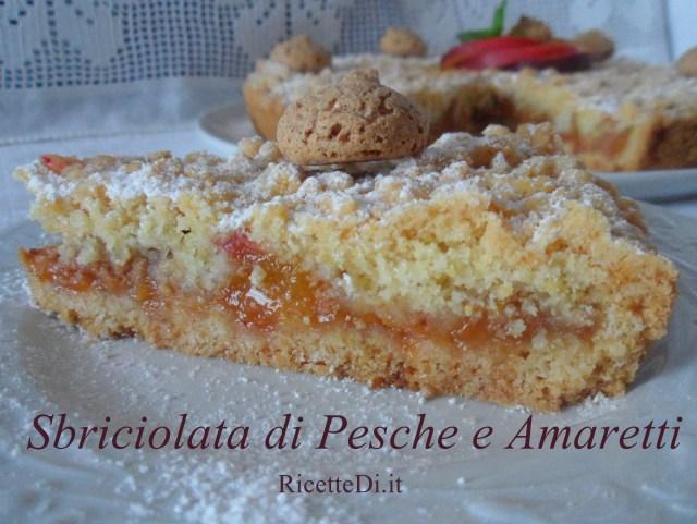 01_sbriciolata_alle_pesche_e_amaretti