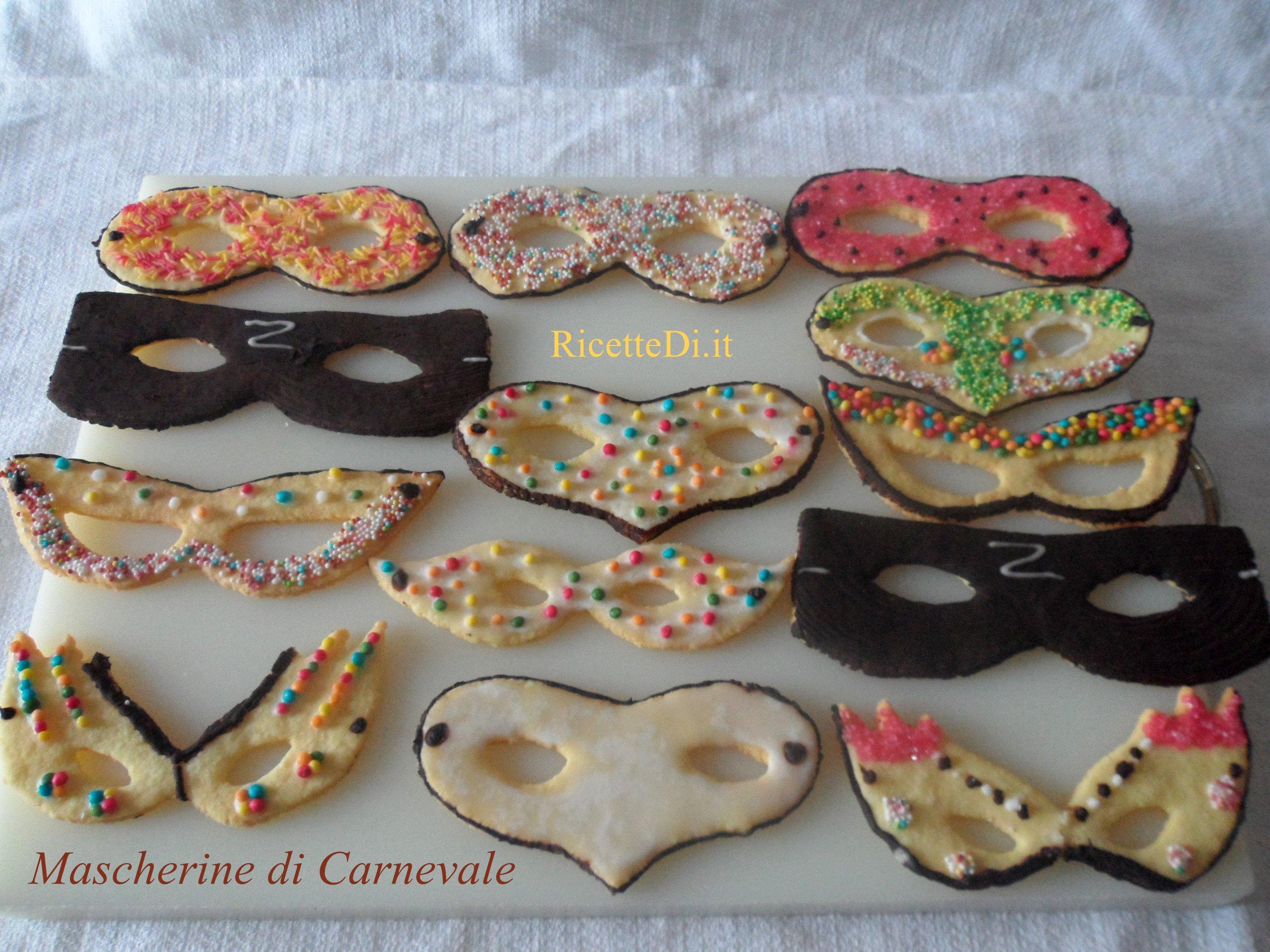 Biscotti di Carnevale - RicetteDi.it be9eccd012ce