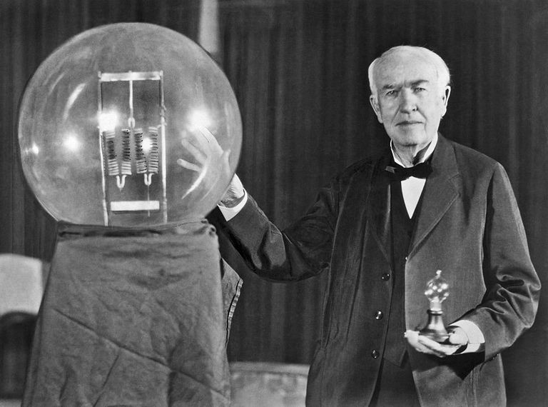 Biographie de Thomas Edison - RICH ACADEMY