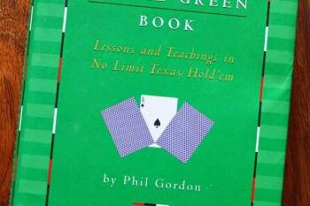 推薦一本書 :  小綠書 Little Green Book