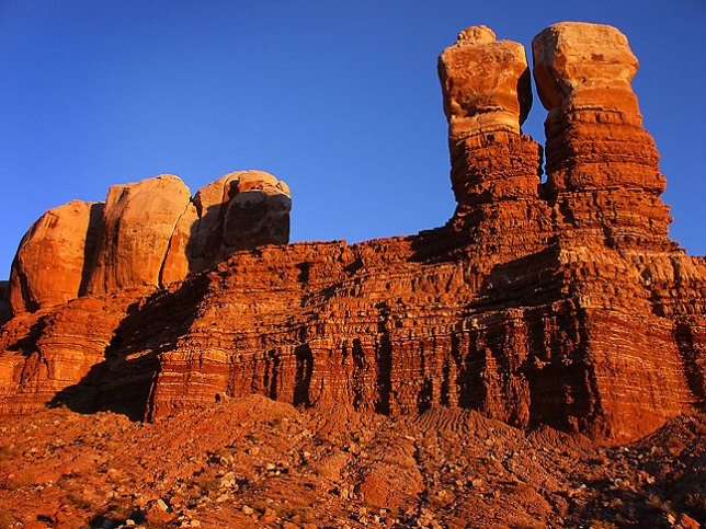 I made this image of the Navajo Twin Rocks in Bluff, Utah, in November 2002, just my second trip with the Minolta DiMage 7i.