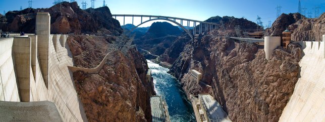 This two-panel panorama of Hoover Dam looks downriver from the center of the dam. (Click, then click again, to see the image larger.)