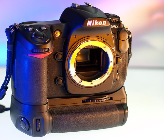 The Nikon D300S is pictured here with the MB-D10 vertical grip, with the EN-EL4 battery installed.