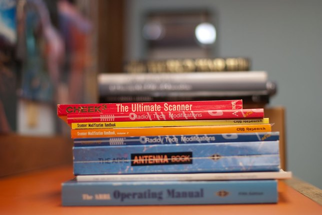 ... 50mm @f/1.4, cropped to show the books in the center of the frame. Can you tell me which one is which?