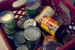 Canned goods repurposed as targets: does it get any better?