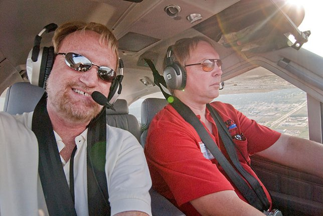 Between making images of the Cardinal Flyers Association Fly-in and talking about flying, I managed to squeeze off a selfie of me flying with Cardinal Flyers Association President Keith Peterson.