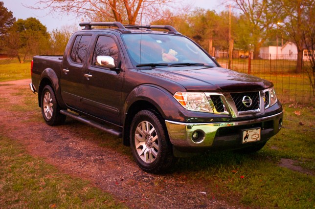 Abby's Nissan Frontier: just washed by Richard, or prepped to be in a car commercial?
