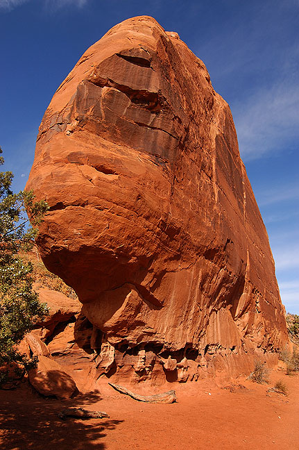 Eroded stone face near Tower Arch, Klondike Bluffs, Arches National Park.
