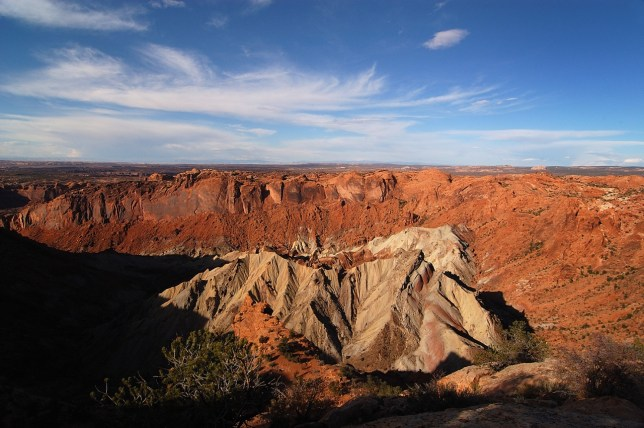 This is the Upheaval Dome. There is a long, primitive and indistinct trail that goes around it and down into it that I would love to hike one day.