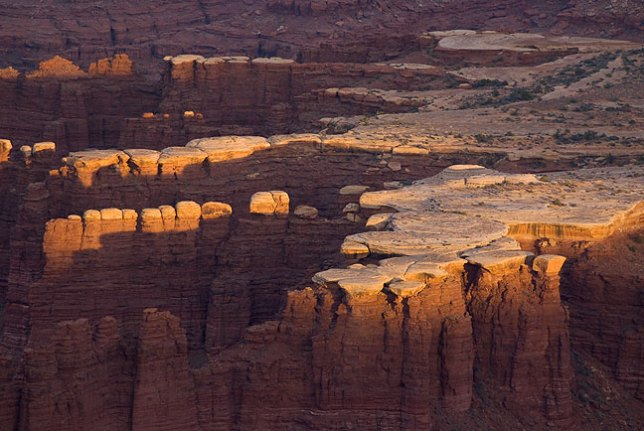 Last light graces the faces of Monument Basin below Grand View Point.