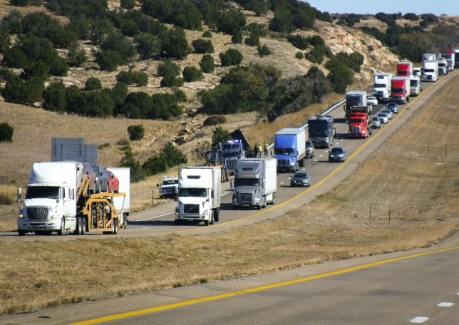 Interstate 40 is a main cargo route for America. As you can see in this image of a traffic jam in the opposite direction, most of the vehicles are box trucks.