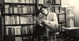 Bruce Lee reading.