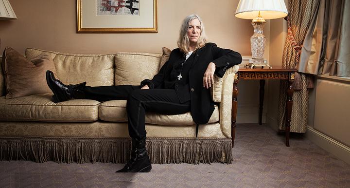 Patti Smith, at ease